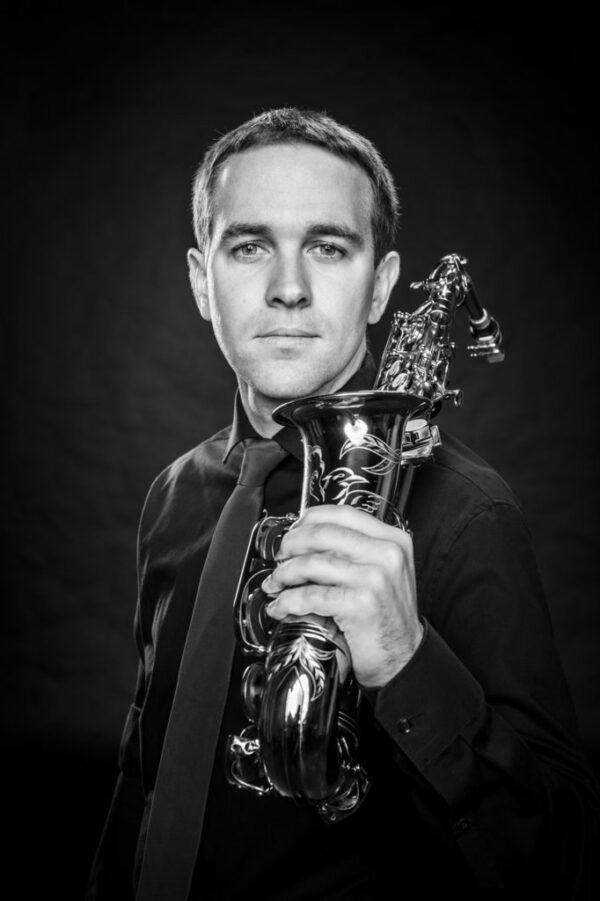 """Simon Woltmann aus Nordhorn Altsaxophon war bei der Gründung 2015 dabei und findet: """"Die Berrytones bringen Jazzmusik auf Spitzenniveau in die Grafschaft."""""""